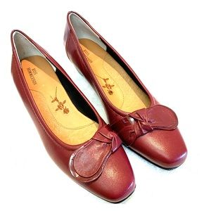 EUC Ros Hommerson Leather Heel Loafer Sz 8N